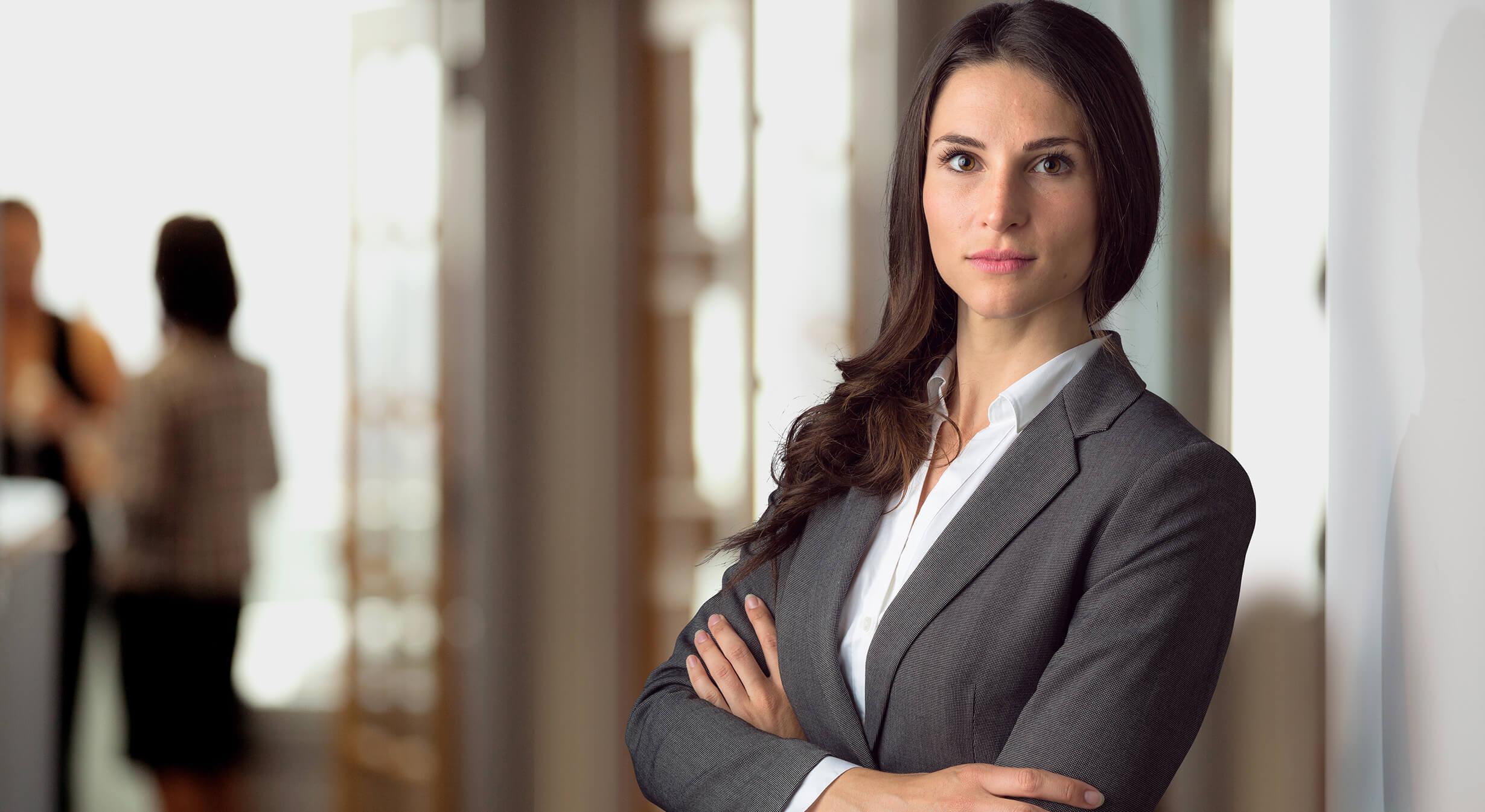 Kvinnelig eiendomsmegler i Jessheim